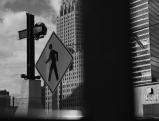 Blick durch Bauzaun auf das Gedenkkreuz am Ground Zero, 2006