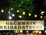 Stand am Christkindlmarkt in Schwabing