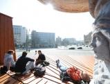 Sonnenbad am Maximiliansbrunnen