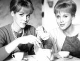 Die Zwillinge Alice und Ellen Kessler, 1963