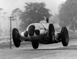 Manfred von Brauchitsch wird Zweiter beim Donington Grand Prix, 1937