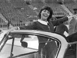 Mireille Mathieu im Olympiastadion Muenchen, 70er Jahre