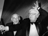 Peter Ustinov mit Laudator August Everding bei der \'Video Winner Gala\', 1997