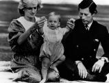 Prinzessin Diana und Prinz Charles mit ihrem Sohn William, 1983