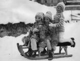 Rodelvergnuegen in St. Moritz, 1930er Jahre