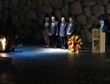 Joachim Gauck und Shimon Peres in der Gedenkstaette Yad Vashem, 2012