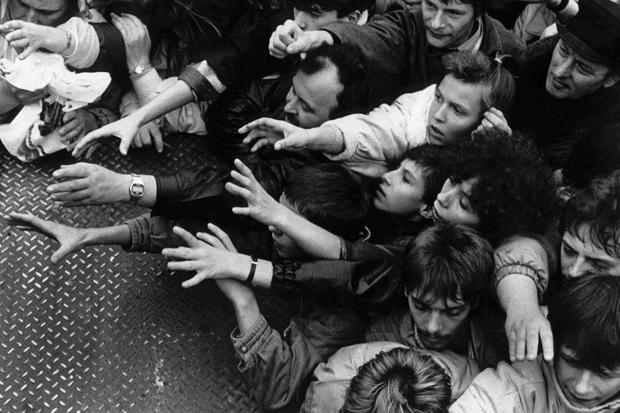 Fall der Mauer - Grenzöffnung in Berlin, 1989