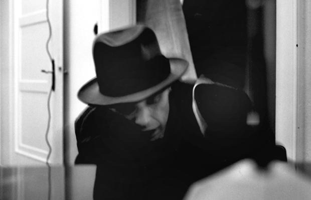 Aktion 'Filz-TV' von Joseph Beuys, 1966