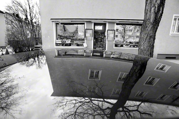 München, 22.03.2013, am Tatort des NSU-Trios, hier wurde Habil Kılıç, Inhaber eines Obst- und Gemüsehandels, 38 Jahre alt, am 29. August 2001 in München-Ramersdorf in seinem Geschäft erschossen; Foto: Regina Schmeken