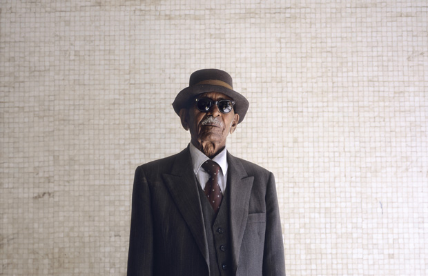"""ERI, Eritrea, Asmara, 01.06.2004 Portrait Story ASMARINOS II Buru Tekle, 82 years Speaks Italian: very little. """"In 1941 I was participating in the war on the side of the Italians against the British Empire. But the British defeated us."""" """"Eritreans dressing system is totally influenced by Italians."""""""