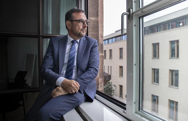 Klaus Holetschek, CSU, MdL, Staatsminister für Gesundheit und Pflege des Freistaats Bayern, in seinem Büro im Staatsministerium für Gesundheit und Pflege in Nürnberg, 30.06.2021.